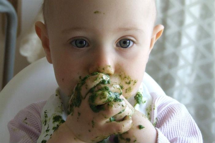 Ako na prvú detskú výživu? Skúste bio a dajte bábätku čas