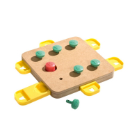 KARLIE FLAMINGO Interaktívna hračka pre psov CUBE 32x32x5 cm