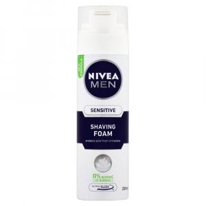 NIVEA MEN pena na holení Sensitive 200 ml