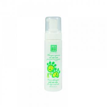 Penový šampón s aloe vera pre psov a mačky 200 ml
